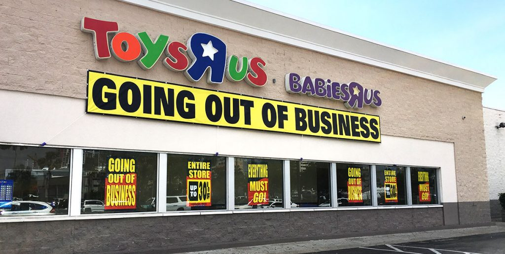 Toys-r-us-closing-down
